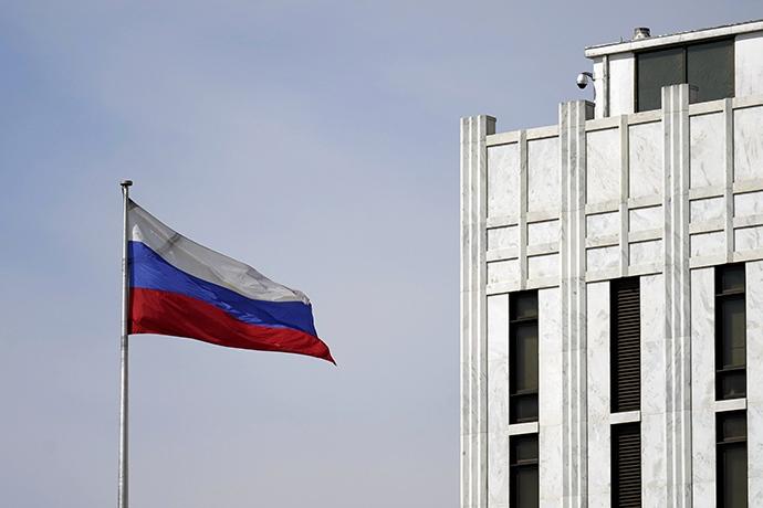 俄驻美大使美国已要求24名俄外交官9月3日签证到期前离开